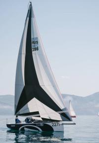 Продается лодка AZIMUT